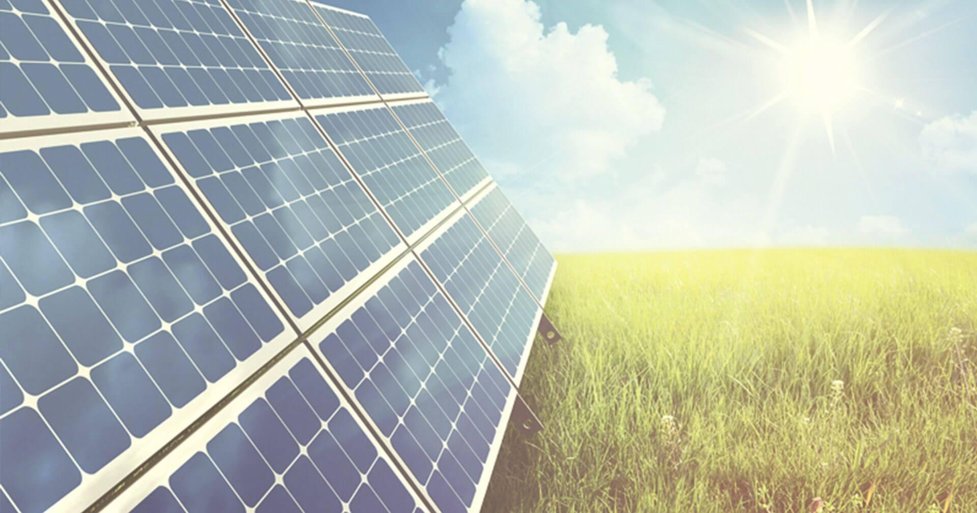 Se analisarmos o Mapa de Radiação Solar na Europa (kWh/m² ), verifica-se que Portugal apresenta-se como um país com maior disponibilidade de recurso solar.